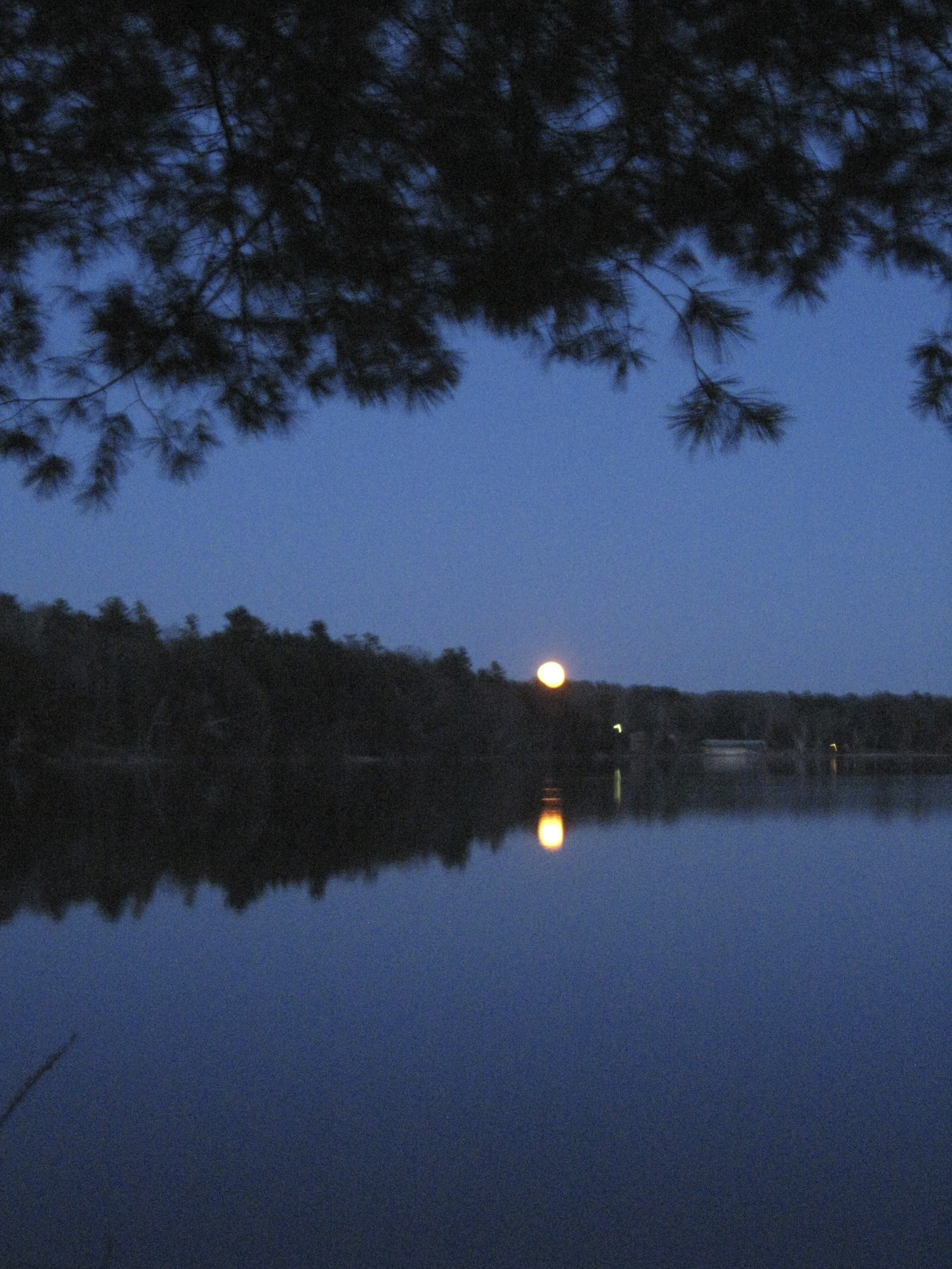 April's full moon, called the Awakening Moon in some traditions, certainly appropriate for this period of learning for me.