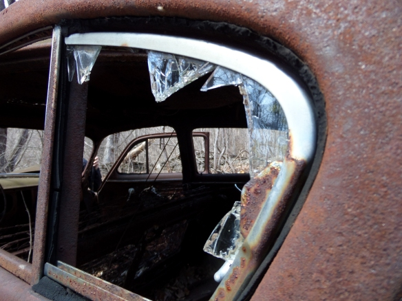 View through a late 1930s sedan on the W5 Trail, John Boyd Thacher State Park.
